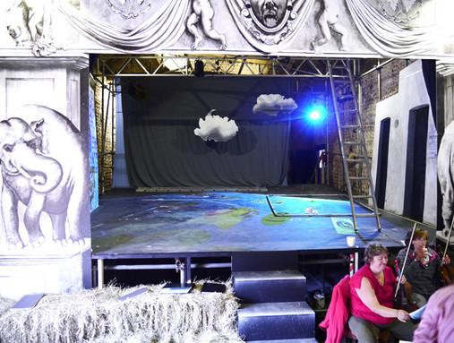Dido & Aeneas - Set Building